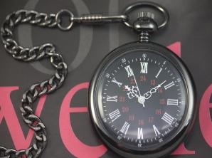 černé hladké kapesní hodinky - cibule - vampire 321a89b91d