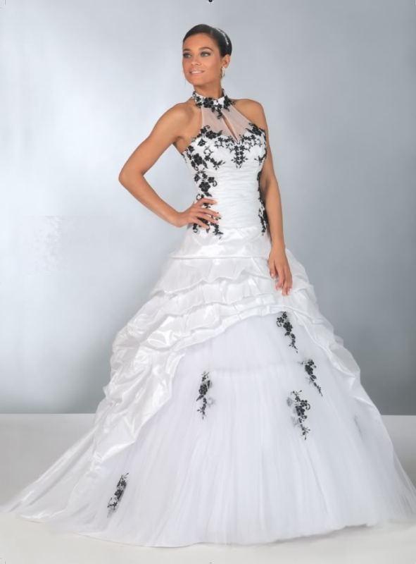 db1a3592023 plesové šaty na míru maturitní ples - vampire