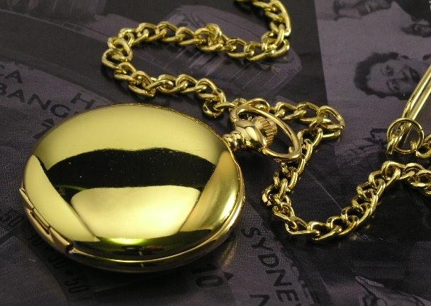 zlaté hladké kapesní hodinky - cibule - vampire 727aa0f280